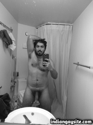 Naked Indian Hunk Shows Long Hard Cock & Sexy Body