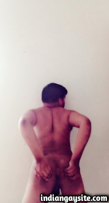 Sexy Indian Bottom Exposing Naked Body & Butt