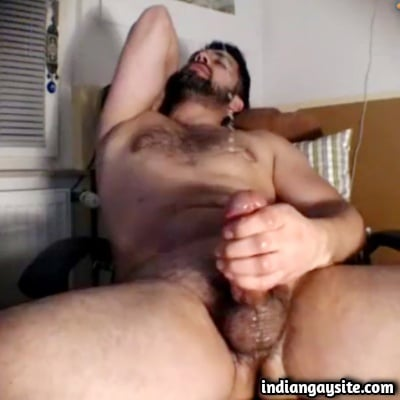 Hairy Hunk Cums Wildly in Indian Gay Video