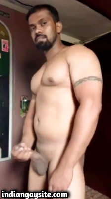 Sexy Muscular Naked Hunk in Indian Gay Video