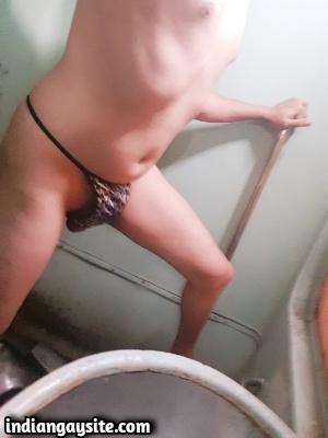 Sexy Indian Crossdresser from Delhi in Train Toilet