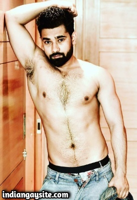 Nude Indian Hunk Strips & Poses for Camera