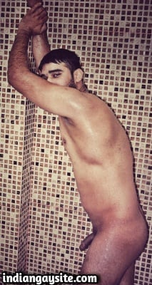 Indian Gay Porn feat. Nude Wet Hunk in Shower