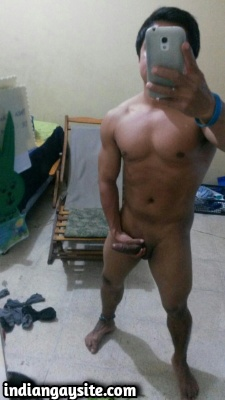 Muscular Indian Hunk Shows Smooth Body & Big Cock