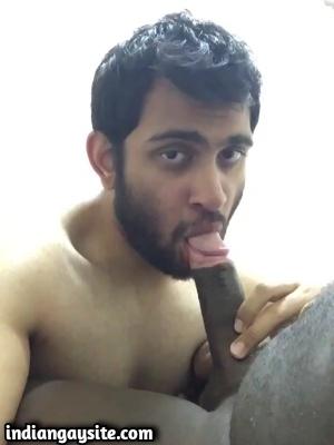 Indian Gay Blowjob Video of Sexy Deep Throat Sucker