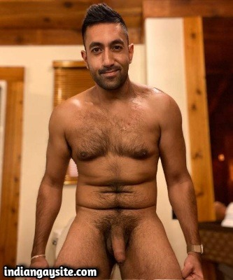 Naked Hairy Hunk Exposing Hot Furry Body Online