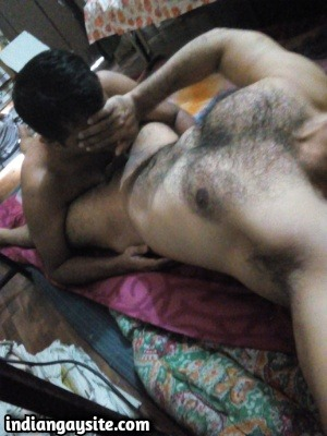 Indian Gay Sex Pics of Hairy Stud's Deep Throat Blowjob