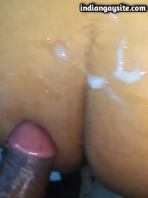 Desi Gay Sex Video of Hot Bareback Fuck & Creampie