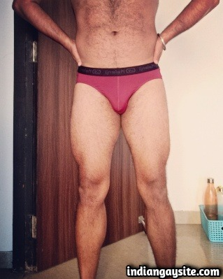 Horny Indian Hunk Exposing Ass & Hairy Fit Body