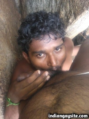 Indian Gay Sex Pics of Slutty Bottom's Outdoor Face Fuck