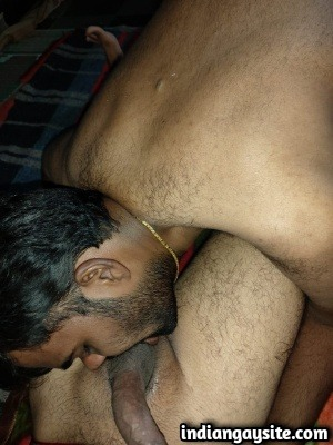 Indian Gay Sex Photos of Horny Guys Blowjob & Rimming