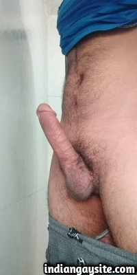 Muscular Indian Hunk Shows Hairy Body & Sexy Big Lund