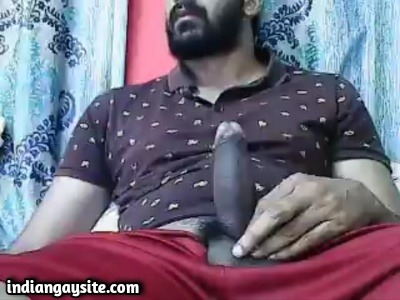 Gays Masturbating Video of Hot Bearded Hunk from Delhi