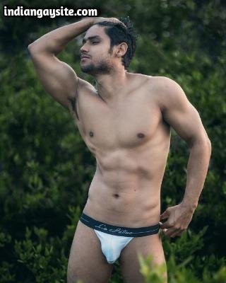 Naked Indian Hunk Exposing Muscles & Bulging Dick