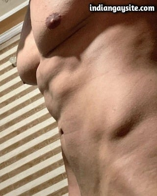 Muscular Gay Hunk Shows Smooth Naked Body