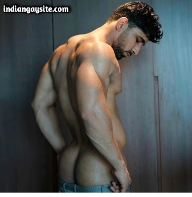 Naked Indian Model Shows Sexy Muscular Body & Ass