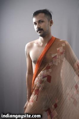 Indian Gay Model Posing Nude & Showing Hot Ass