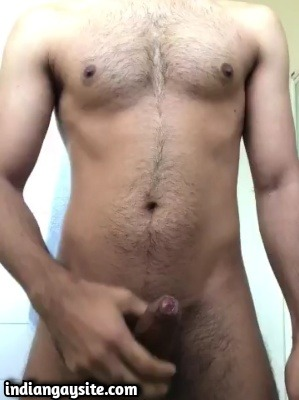 Dominating Gay Hunk Vocal about Fantasy & Cums