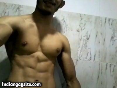 Muscular hunk gay video of big dick wanking