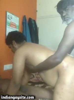 Sandwich gay porn of chubby bottom's fuck