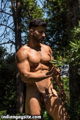 Outdoor gay pics of sexy hunk's nude photoshoot