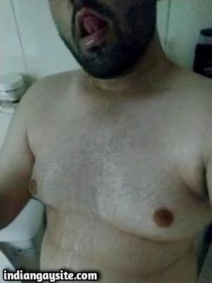Gay chub porn of slutty guy's shower wank