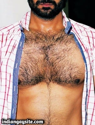 Hairy desi hunk showing nude furry body