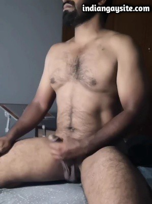 Nude Indian man wanking big hard dick
