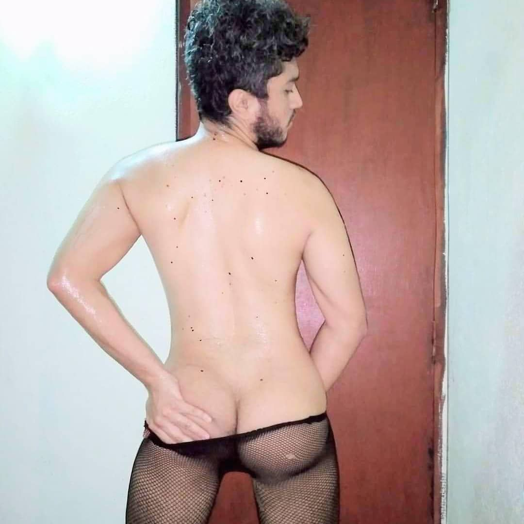 Nude Indian hunk pics of sexy bottom's bubble butt