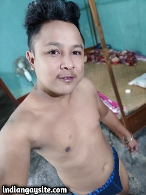 Naked twink pics of horny & wild desi boy