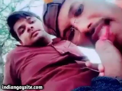 Gay public sucking video of horny strangers on cam