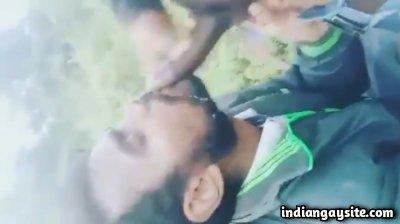 Cruising cum facial of an unknown gay man outdoors