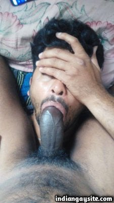 Gay BJ pics of sexy and slutty Indian cock suckers