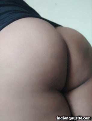 Naked sissy bottom showing off sexy bubble butt