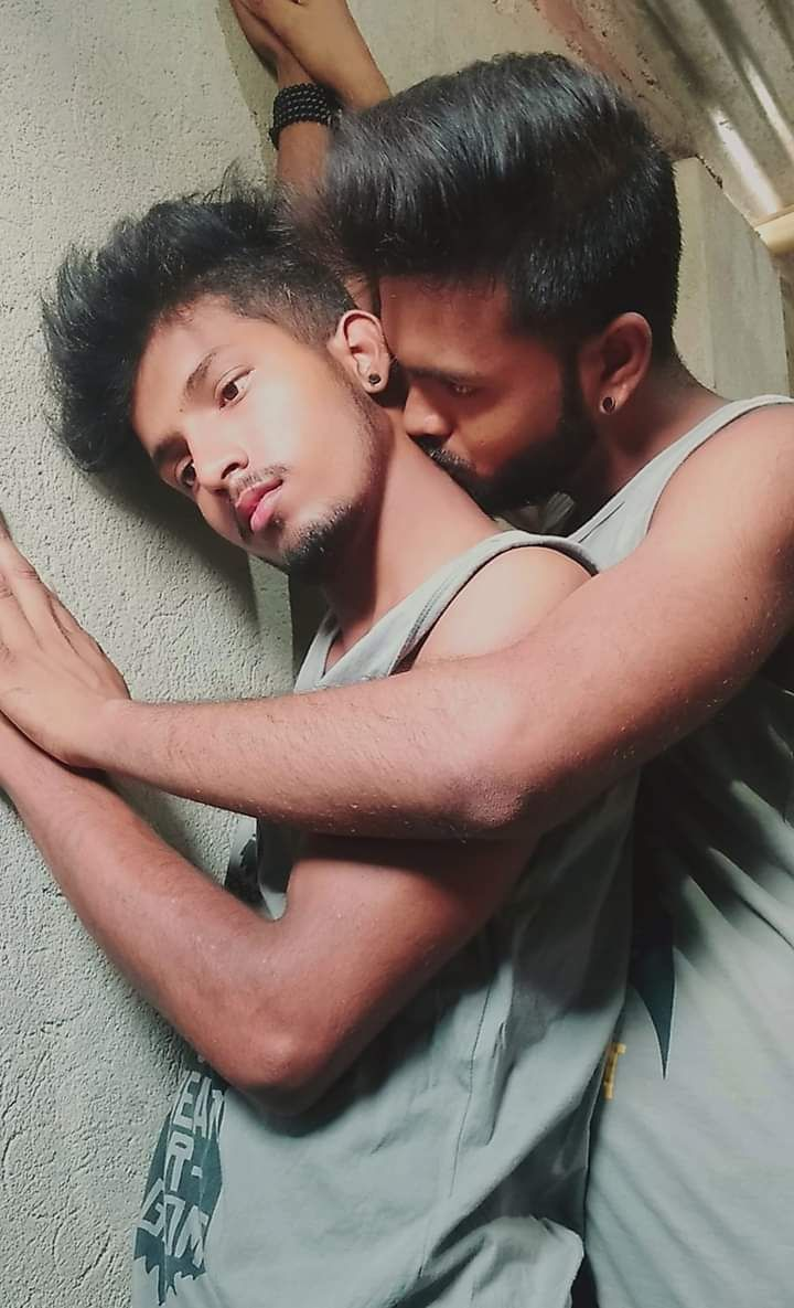 Romancing gay pics of slutty Indian twink lovers