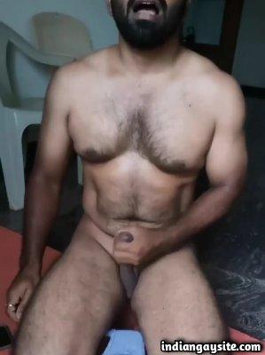 Desi gay porn of hot daddy masturbating on cam