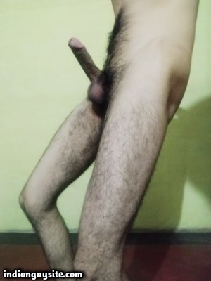 Fit naked hunk shows big dick and hot nude ass