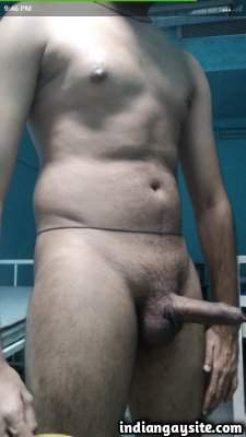 Big Indian cock of a hot naked smooth hunk