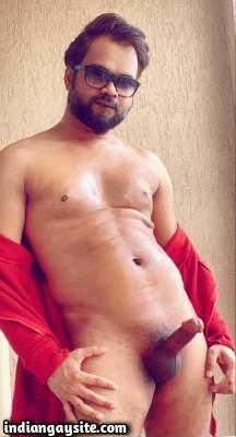 Muscular desi guy sporting a big hard boner